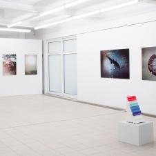 S.Krauth, Ausstellungsansicht %22Undercoer IV%22, Galerie Baer, 2012.jpg